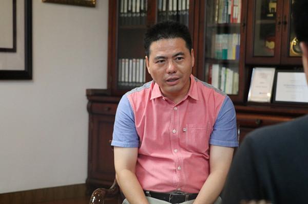 蒋锡培接受湖南卫视专访:企业转型要抓住天时地利人和 - 远东蒋锡培 - 蒋锡培